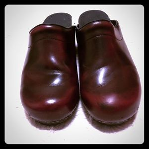 Sanita Brown Leather Clogs